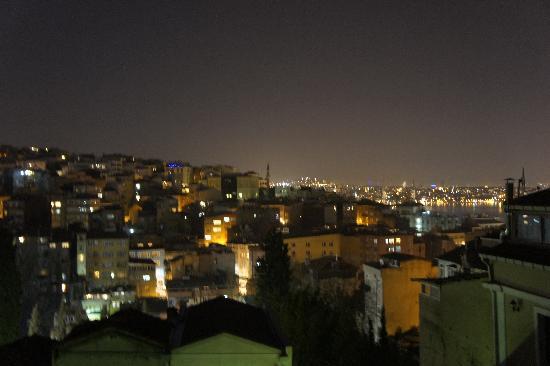4Floors Istanbul: Night Vision