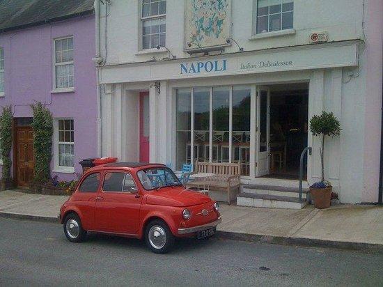 Napoli Italian Delicatessen & Cafe: Napoli
