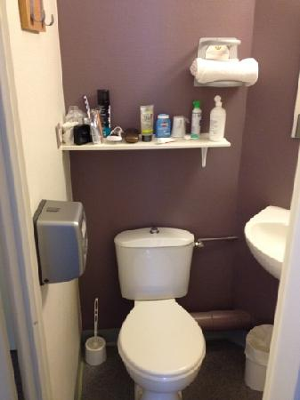 B&B Hotel Chalon-Sur-Saone Sud : Toilette