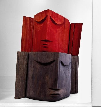 Cosme Guesthouse: Sculptures