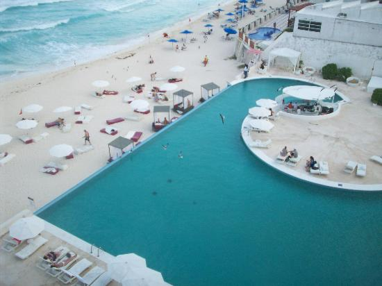 Bel Air Collection Resort & Spa Cancun: Vista pisicina