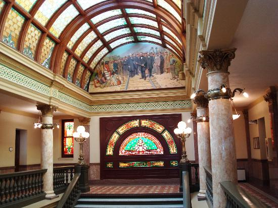 Montana State Capitol: Inside