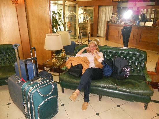 Gran Hotel de la Paix: Esperando la partida