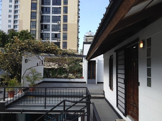 Hostal Entre 2 Aguas: top floor (outside)