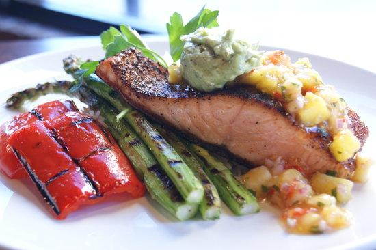 Kiwi: Blackened Salmon
