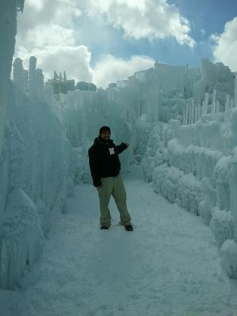 Silverthorne, CO: Entrance to Ice Castles