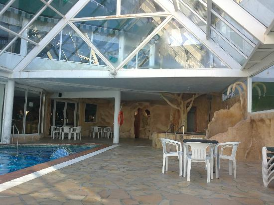 Hotel Benikaktus: dentro de la piscina