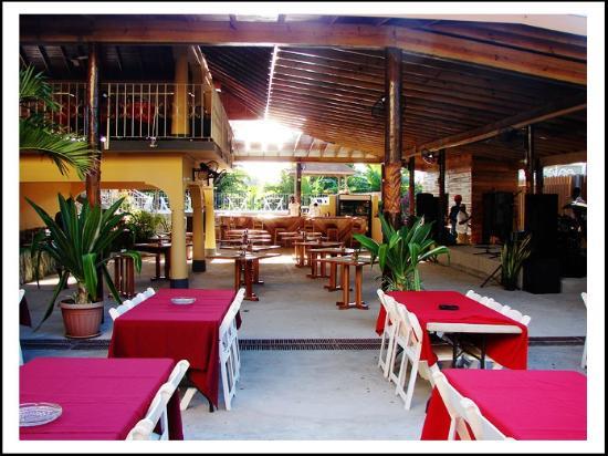 Seastar Inn: Dining area