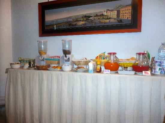B&B Terra Mia: breakfast spread
