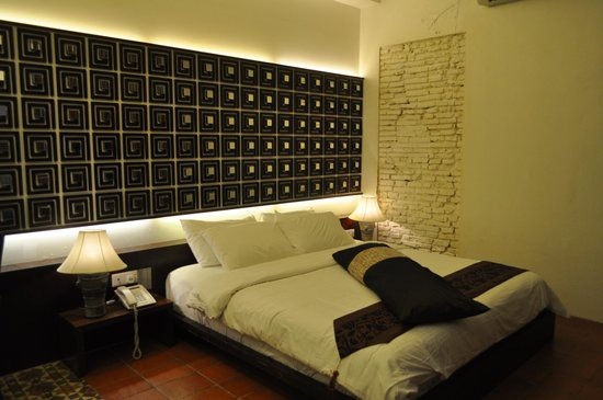 كورتيارد آت هيرن بوتيك هوتل: the deluxe bedroom