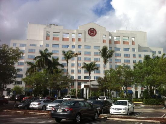 Sheraton Suites Plantation, Ft Lauderdale West: Exterior