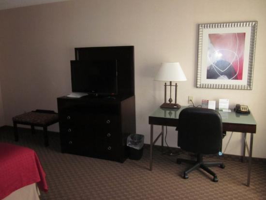 Holiday Inn Hotel & Suites Raleigh - Cary: Desk Area