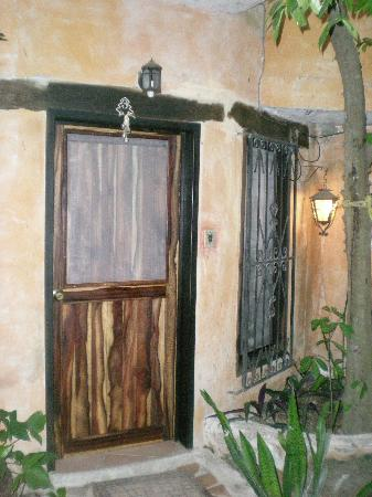 Casitas Kinsol: Door to our room