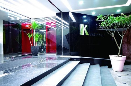Kapok Hotel & Resorts: Kapok Hotel Entrance