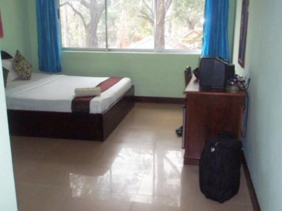 Central Hostel: Bedroom photo 2