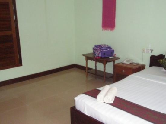 Central Hostel: Bedroom photo 3
