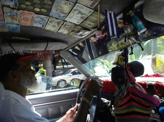 Decameron San Luis: Local taxi driver, gave island history lessons