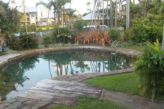 Castaways Resort & Spa Mission Beach: Stone Pool