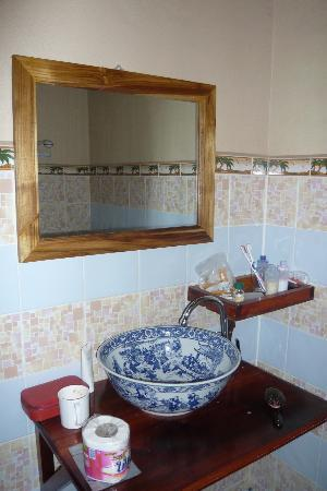 Lao Lu Lodge: lovely wash basin