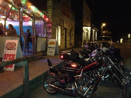 11th Street Cowboy Bar : front