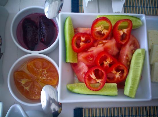 Beyaz Hotel: gorgeous breakfast (kahvalti)