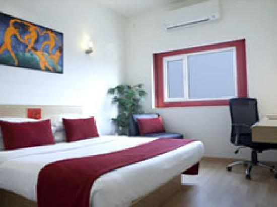 Red Fox Hotel East Delhi: Superior Room