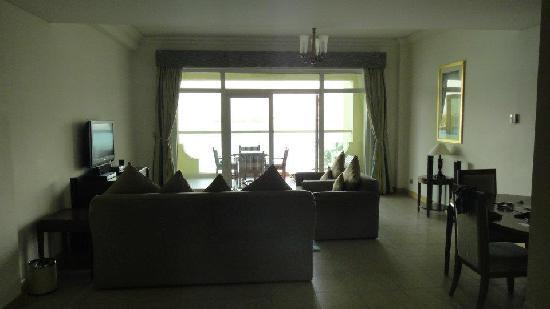 Royal Club Palm Jumeirah : living room
