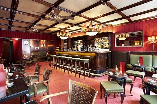 Tina Bar