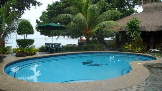 Bita Ug Beach Resort: Private Swimming Pool And Beach Front View