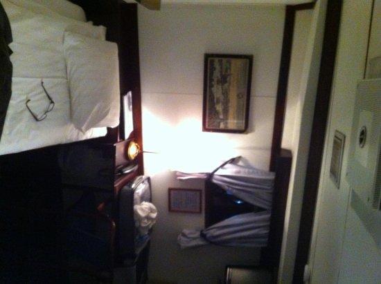 Malardrottningen Yacht Hotel and Restaurant: cabin