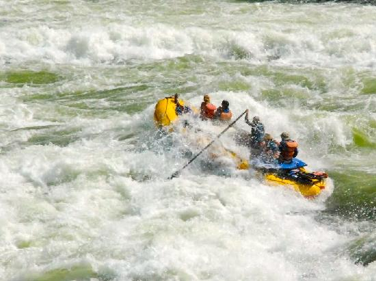 Winding Waters River Expeditions & Day Tours: Hells Canyon whitewater rafting