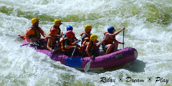 Winding Waters River Expeditions & Day Tours: Salmon River paddle rafting