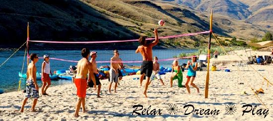 Winding Waters River Expeditions & Day Tours: Salmon River summer fun