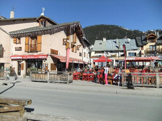 """Hotel Alpis Cottia: """"Le Graal"""" with """"Le Jamy"""" restaurant in background"""