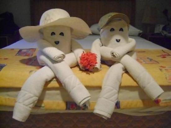Prodigy Beach Resort Marupiara: Carinho da nossa camareira Alice