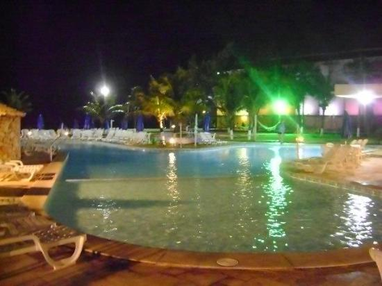Prodigy Beach Resort Marupiara: A noite...