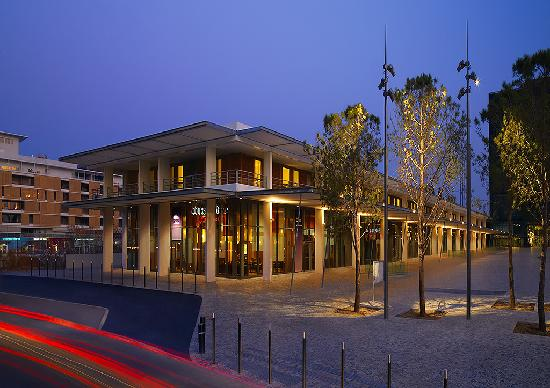 Courtyard by Marriott Montpellier: Hotel Exterior