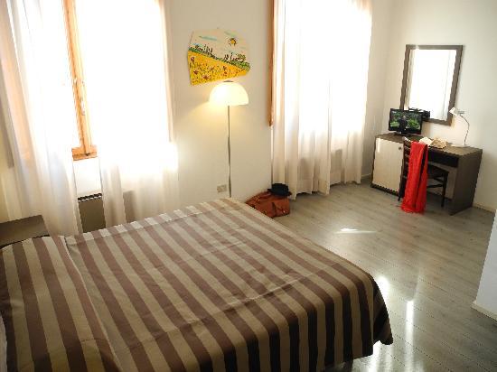 Hotel Magenta: Double Room