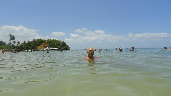 Ilha dos Frades : Warm, clear and calm water
