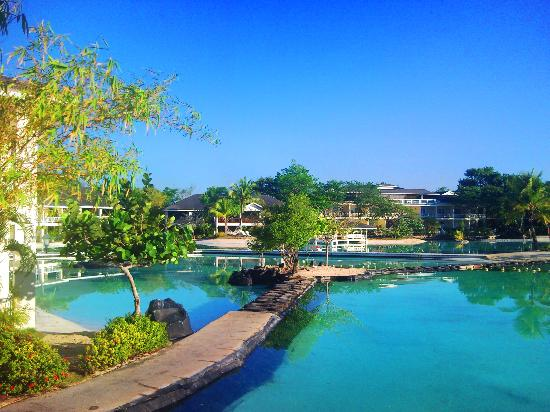 Plantation Bay Resort And Spa: Saltwater Lagoon, just seconds away...