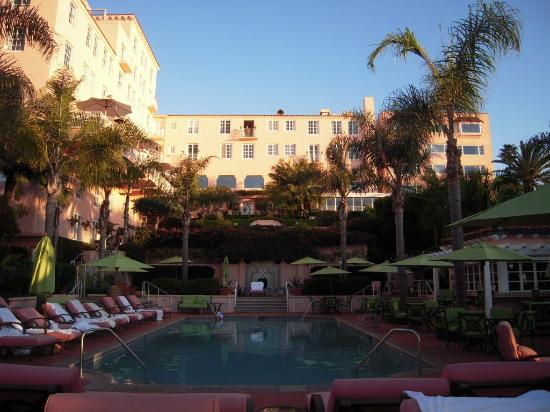 La Valencia Hotel: set aside time to enjoy the gardens and the pool!