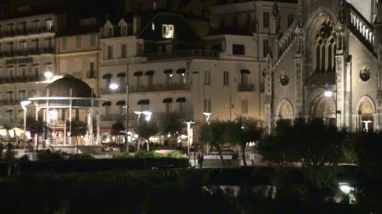 Côte des Basques: Biarritz illuminata