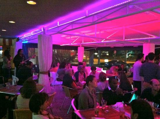 Beach Lounge Bar & Restaurant : Bossa Nova Nights