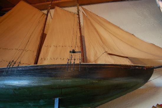 J R Maxwell & Co.: Ship Model - J R Maxwell's