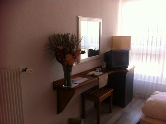 Lunika Hôtel : chambre
