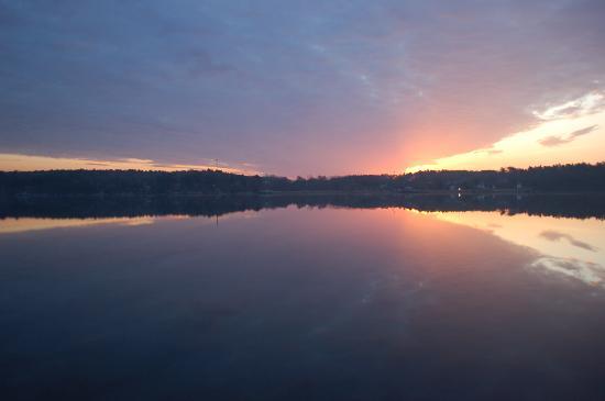 Hampton Inn Bath Brunswick : View across the Kennebec River