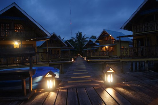 Koko Resort : View at 7 p.m.