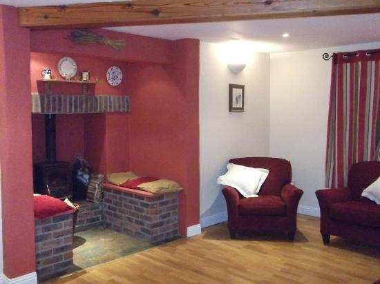 Dublin Cottages: Living room opposite corner