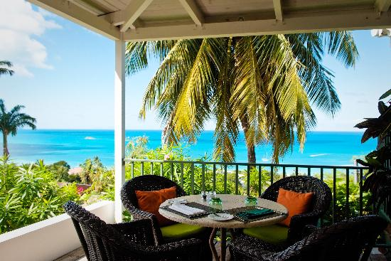 Trade Winds Hotel: Dining with a view of the Caribbean Sea and neighbouring islands