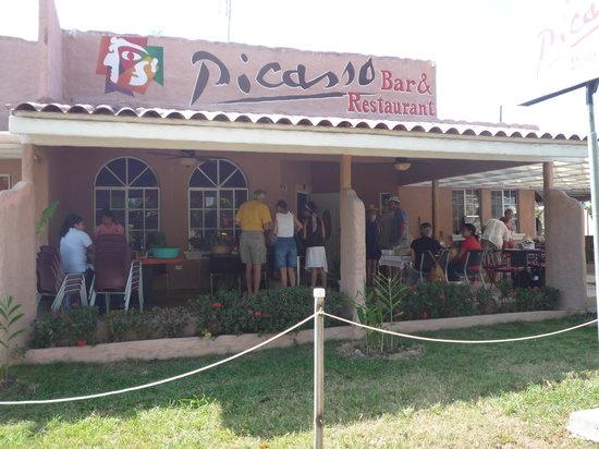 Italian Restaurants Near Coronado
